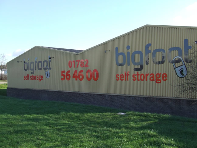 Factors to consider when looking for a storage facility